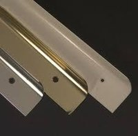28mm Brass Worktop Corner Joiner